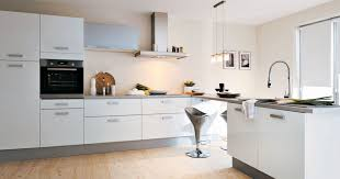 installation de cuisine hotte de cuisine d angle beautiful taciv cuisine jardin galerie