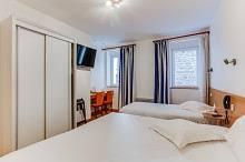 chambre d hotel pour 5 personnes chambre familiale a malo de 3 à 6 personnes accès direct a
