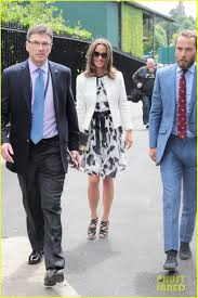 kate middleton u0026 younger sister pippa have a u0027very normal