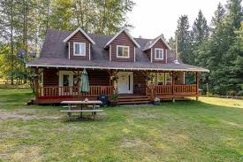 Houses With 4 Bedrooms 2211 Poole Creek Road Poole Creek Pemberton V0n2l0 House With