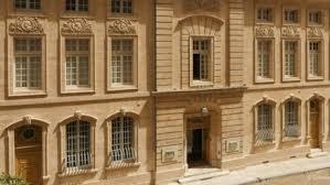 bureau de change avignon hôtel restaurant la mirande site officiel de l office de tourisme