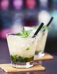 mint julep cocktail 11 best mint julep recipes how to make classic u0026 new mint julep