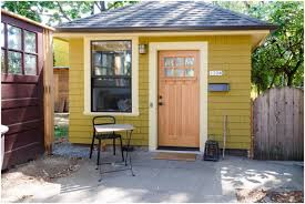 Cottage Backyard Ideas Backyards Superb Charming Studio Apartment In A Tiny Backyard