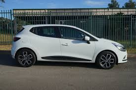 renault alliance hatchback 2017 renault clio zen review behind the wheel