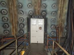 Tardis Interior Door Tardis Rooms From Doctor Who On Display Domesticjenni