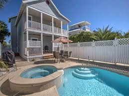 at ease destin vacation rentals by ocean reef resorts