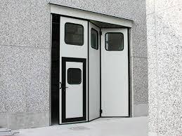 porte per capannoni porte a libro e battente industriali a brescia trento e bolzano