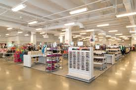 Home Decor Stores Chicago by Outlet Stores In Chicago For Discount Clothes And Furniture