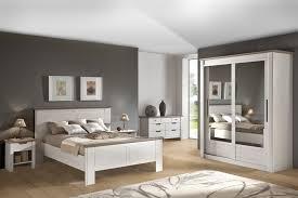 couleur pour chambre à coucher adulte couleur de chambre adulte moderne cheap peinture chambre moderne