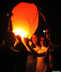 candle balloon best diwali candle powered hot air balloon diwali festival pune