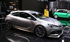 opel modified opel astra opc extreme road going racer live photos and video