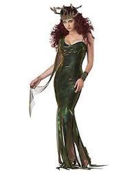 8 halloween costumes under 20 that u0027ll still be worthy of winning
