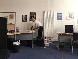 société de nettoyage de bureaux société de nettoyage pour vos bureaux dans la zone techlid en soirée