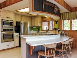 beautiful lake view four bedroom two bath cabin a west mountain