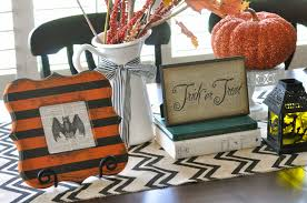 halloween table runner pattern halloween burlap table runner tutorial little birdie secrets