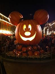 halloween time at disney california adventure and disneyland