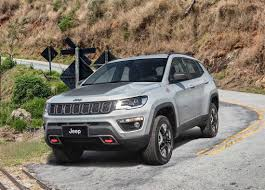 new jeep renegade the new jeep compass 2018 2019 is the older brother of the jeep