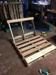 Swing Lounge Chair How To Make Pallet Hanging Lounge Swing Craftspiration Handimania