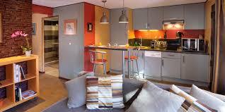 am駭ager une chambre dans un garage transformer garage en studio dore p v2 1 vue20 choosewell co