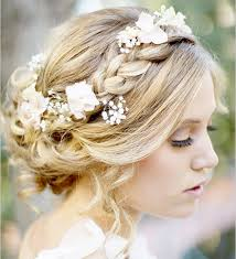hair for weddings tips and ideas for wearing fresh flowers in your hair for your wedding