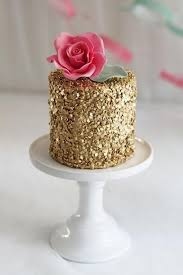 New Year S Cake Decorating Ideas by 5 Shimmering Gold And Silver Cakes For New Year U0027s Parties