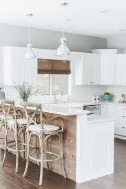 Beach Cottage Kitchen by Fantastic Coastal Kitchen Designs For Your Beach House Or Villa