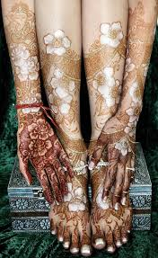 global talent list kim brennan of hasina mehndi u0026 body art for