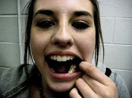 Pictures Of Oral Cancer On Roof Of Mouth by Signs Of Disease In The Teeth And Mouth Business Insider
