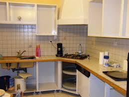 comment repeindre des meubles de cuisine étourdissant peindre meuble de cuisine et ranover une cuisine