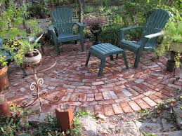 round broken bricks backyard back yard pinterest bricks