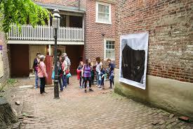 Elfreth S Alley by Shawn Theodore Installs For Revolutionaryart On Elfreth U0027s Alley