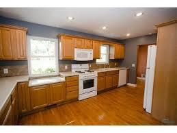 Kitchen Cabinets Toledo Ohio 3848 N Beverly Hills Drive Toledo Oh 43614 214 900 2786 Sq