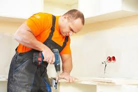 kitchen cabinet carpenter where can i find good carpenter for kitchen cabinets