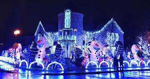 Montreal Mans Insane 50000 Christmas House Decorations  MTL Blog