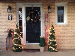 Potted Christmas Trees For Sale by Two It Yourself 2 Diy Small Potted Christmas Trees From Patio
