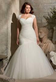 best wedding dress for pear shaped yourweddingstuffcom wedding