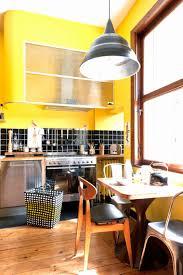 cuisine mur et gris cuisine turquoise et gris awesome mur jaune et gris cuisine simalcam