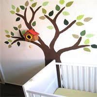 arbre chambre bébé peinture murale arbre idée déco chambre d enfant