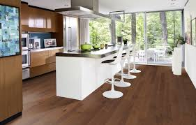 Select Surfaces Laminate Flooring Brazilian Coffee Walnut Motif Kährs