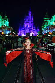 what i wish i knew before mickey u0027s halloween party travelingmom