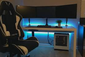3 Monitor Computer Desk Design And Model Of Gaming Computer Desks Trend 2017 Finding Desk