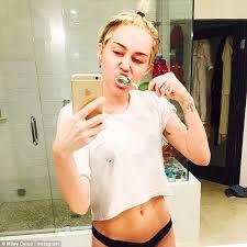 Miley Cyrus Turkey Meme - miley cyrus posts sexy selfie posing in cropped tee and black