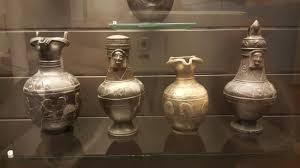 vasi etruschi vasi etruschi foto di museo archeologico nazionale chiusi
