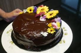 chocolate ganache cake decoration sugarlou u0027s rich chocolate ganache so easy to make butterkicap