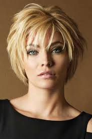 turning 40 need 2015 hairstyles best 25 short layered haircuts ideas on pinterest layered short