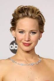hairstyles to add more height 15 great hairstyles to suit a square face shape