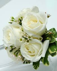 White Rose Bouquet Viva Las Vegas Wedding Chapels Gorgeous Wedding Flowers Bouquets