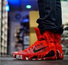 christmas kobes nike 9 elite christmas on foot photos kicksonfire