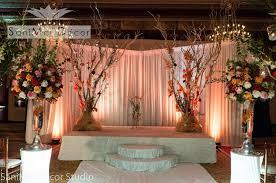 wedding decorations and wedding flowers