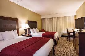 2 bedroom suites in branson mo grand oaks hotel branson mo 2315 green mountain 65616